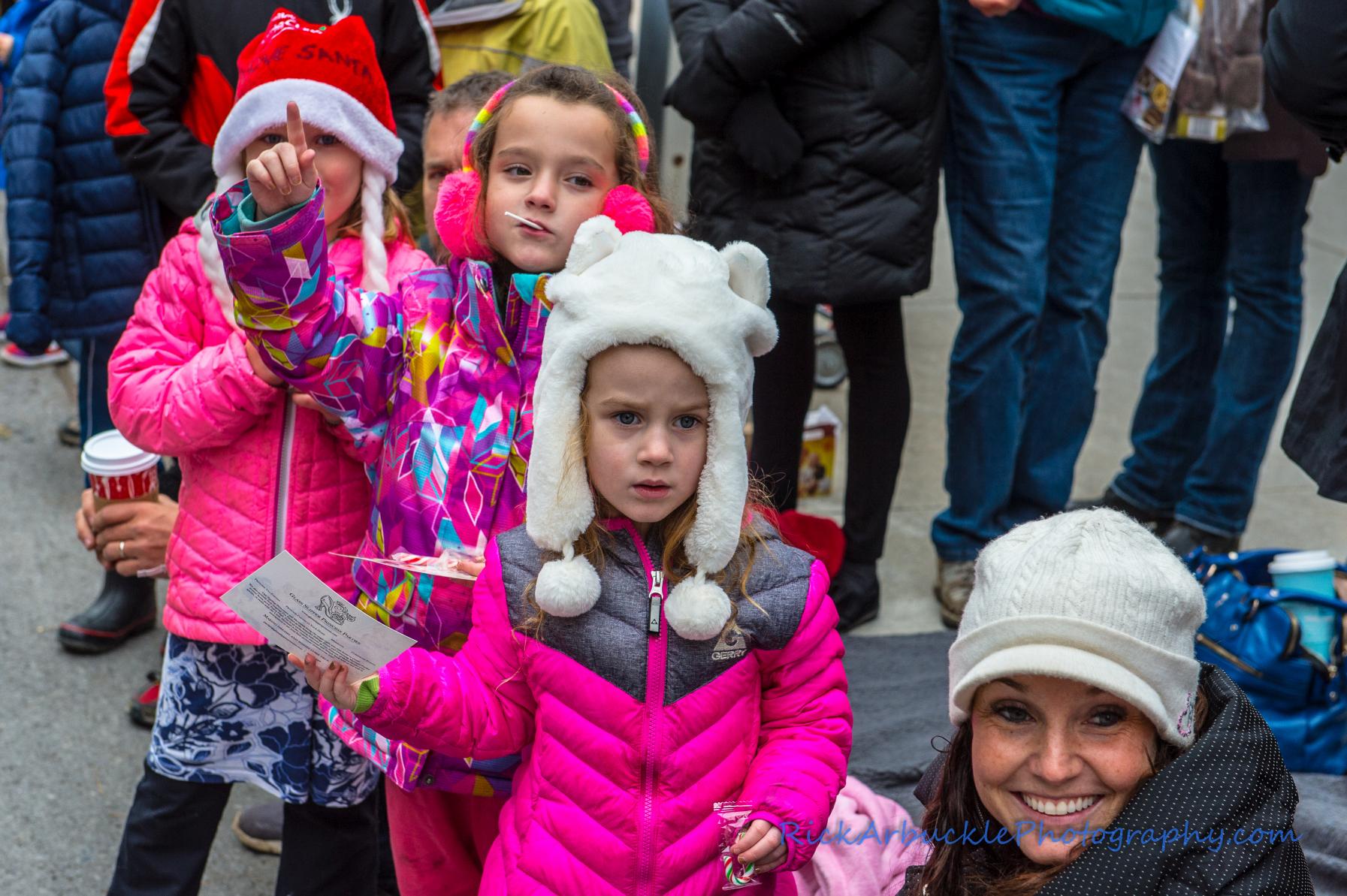 Help Santa Toy Parade 2016 11 19  025