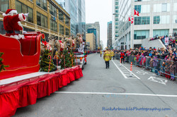 Help Santa Toy Parade 2016 11 19  083