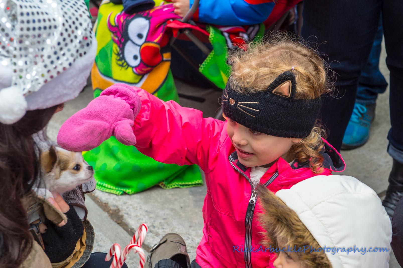 Help Santa Toy Parade 2016 11 19  054