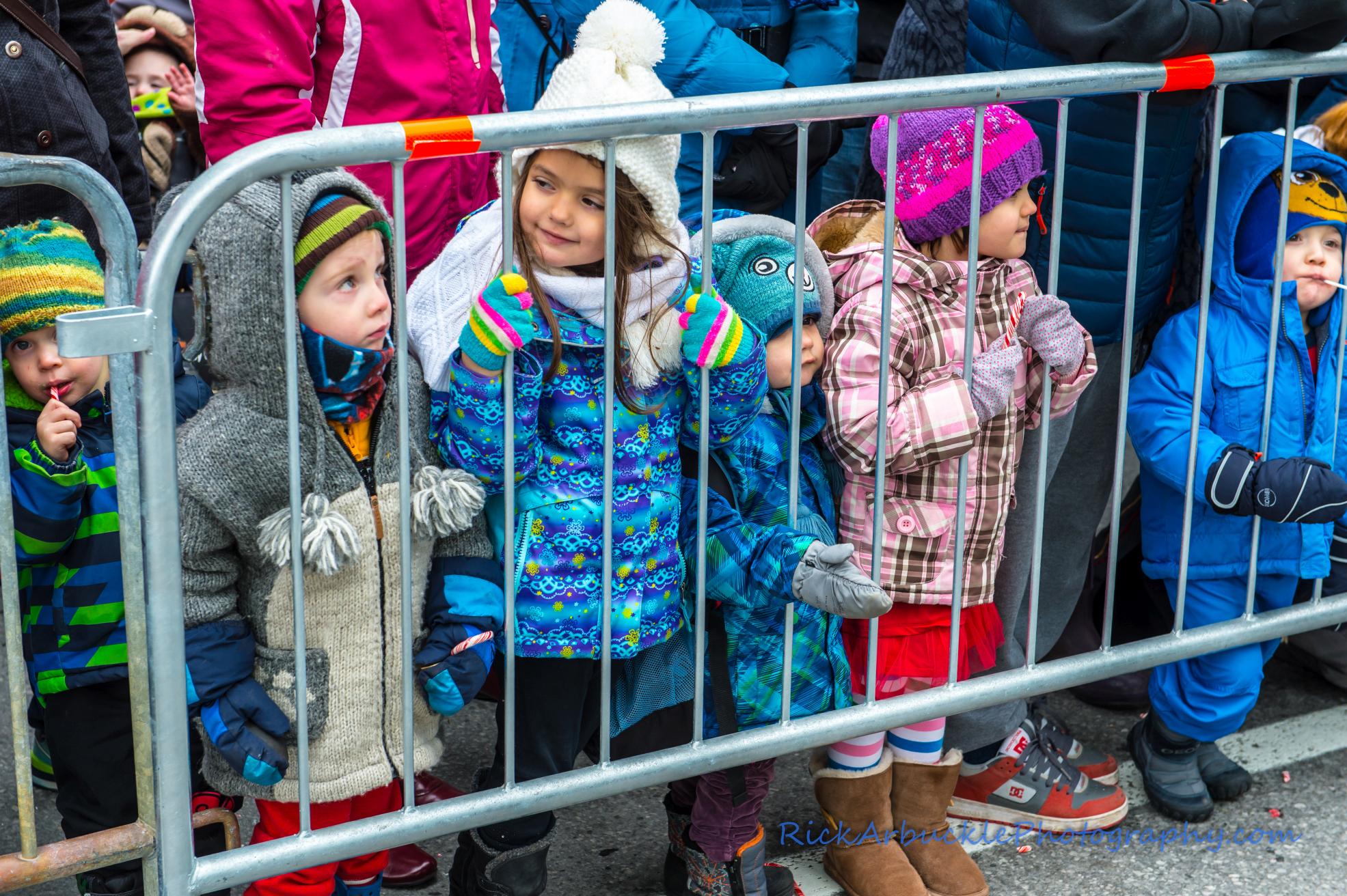 Help Santa Toy Parade 2016 11 19  079