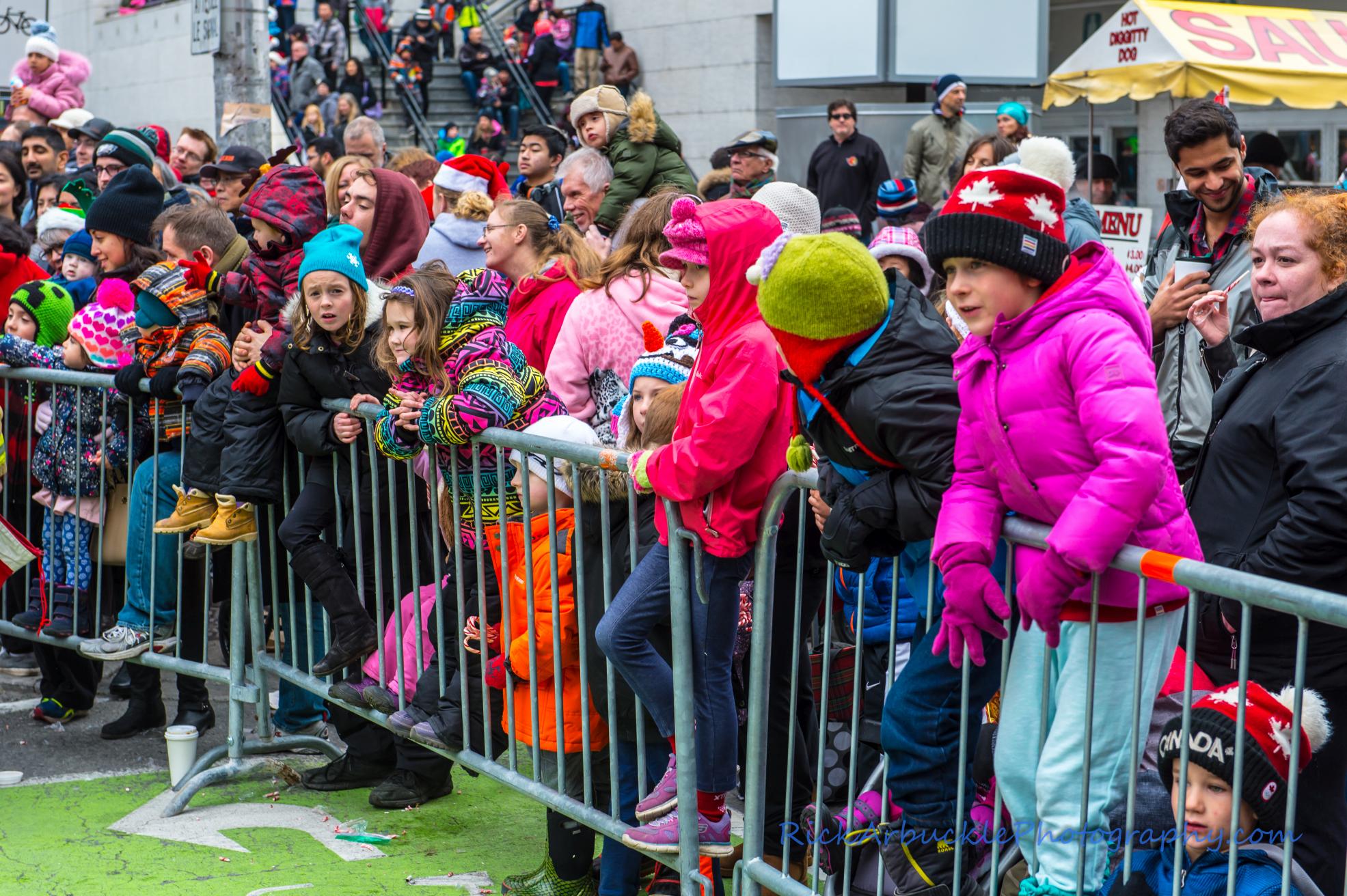 Help Santa Toy Parade 2016 11 19  077