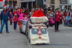 Help Santa Toy Parade 2016 11 19  055