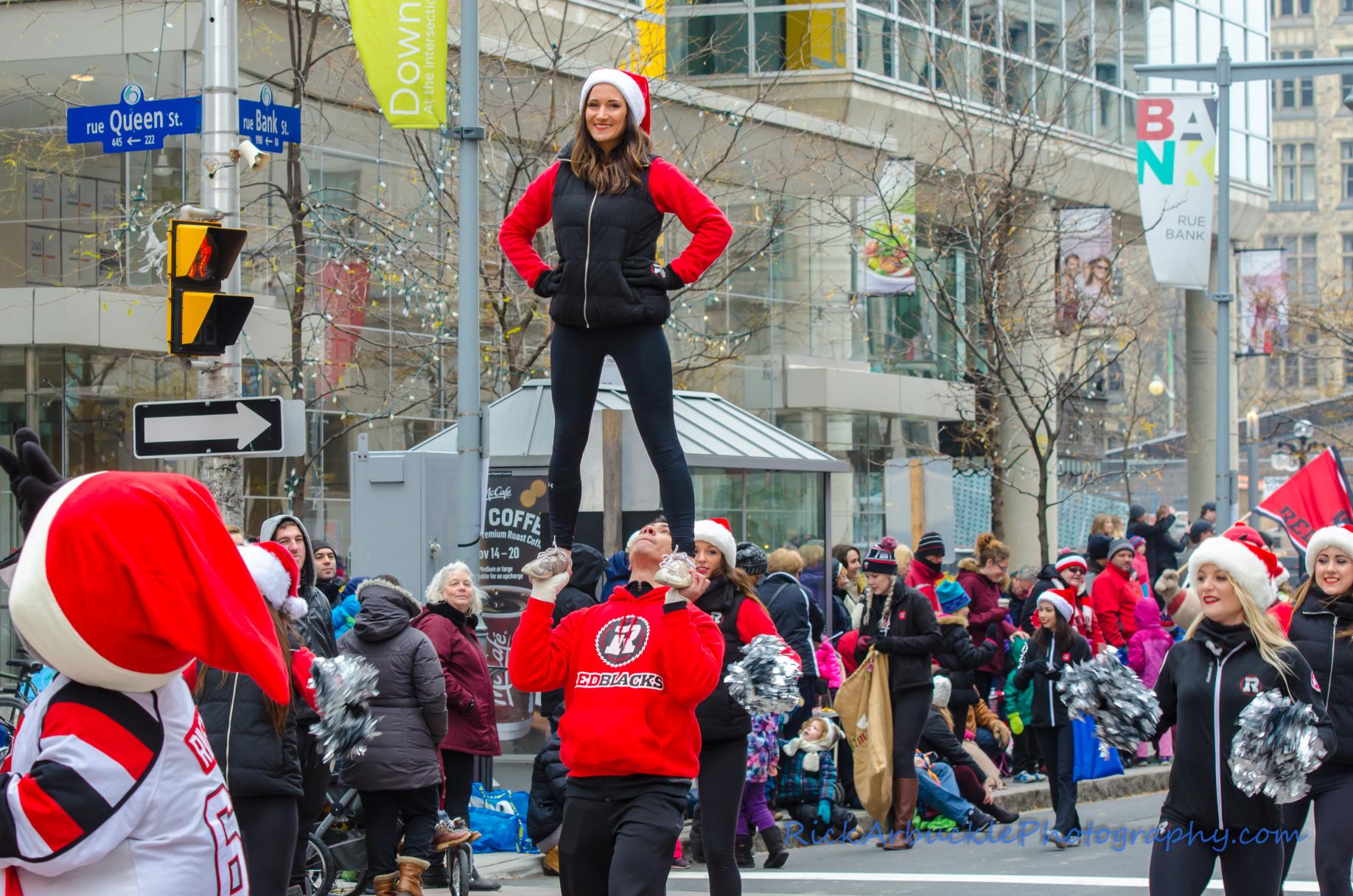 Help Santa Toy Parade 2016 11 19  117