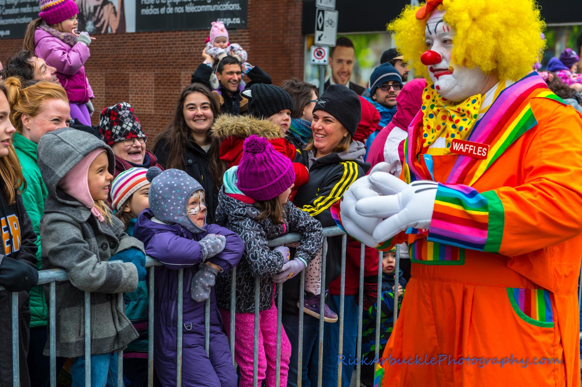 Help Santa Toy Parade 2016 11 19  078