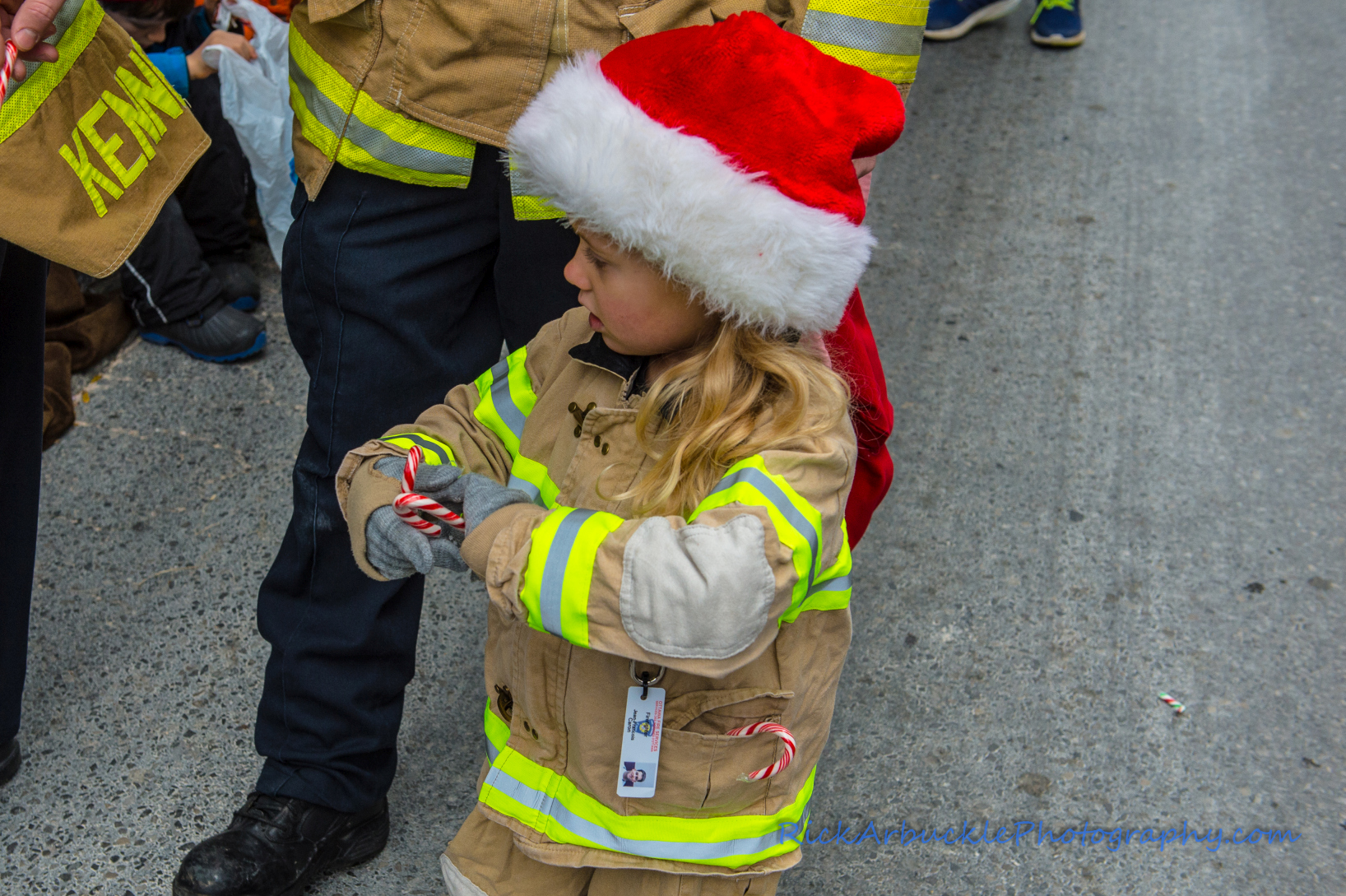 Help Santa Toy Parade 2016 11 19  047
