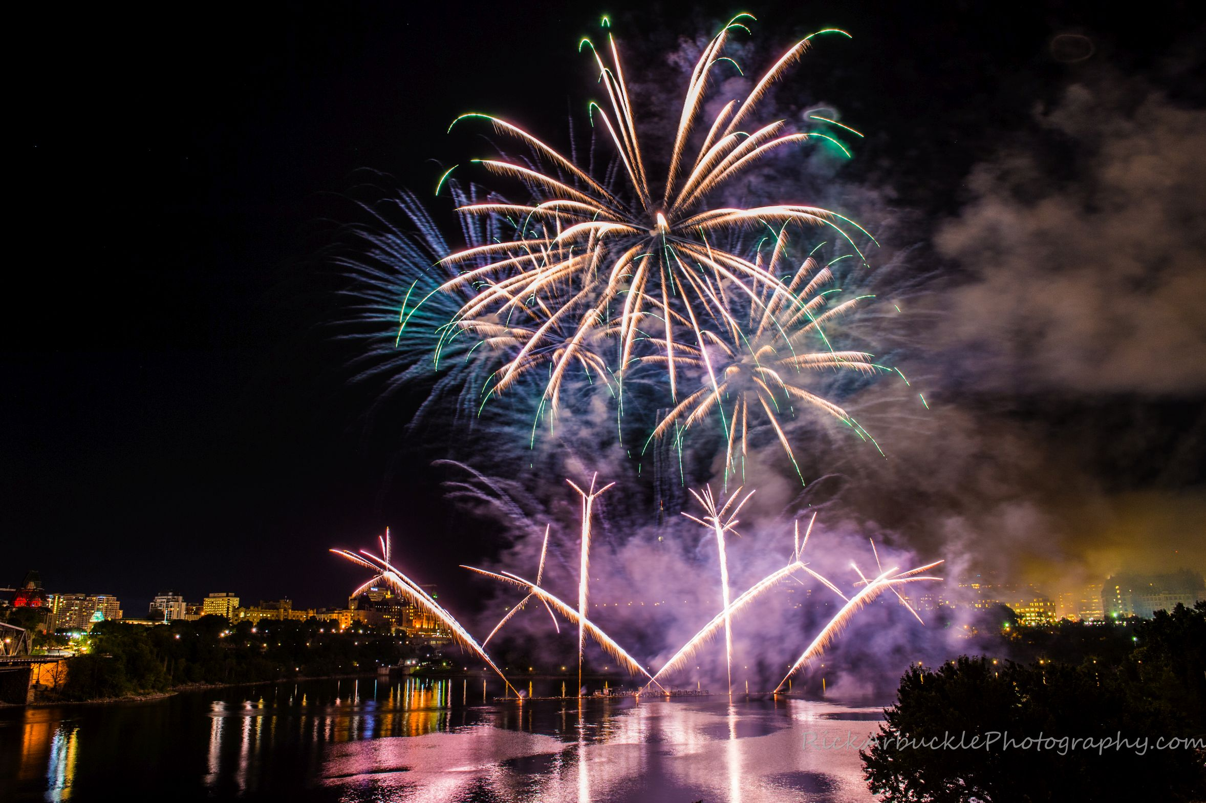 Lac Leamy 2015 - Grand Finale -79.jpg