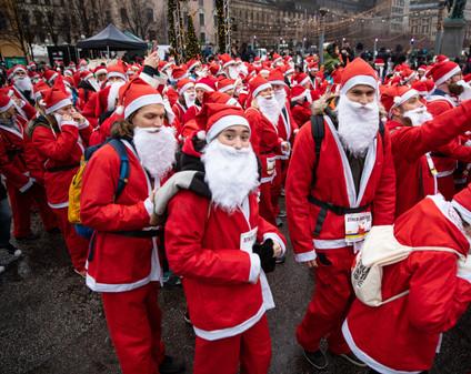 Stockholm Santa Run 2018 #stockholmsantarun #stockholmsantarun2018 #sthlmsantarun #santarun