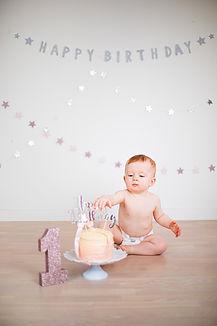 1st birthday cake smash.jpg