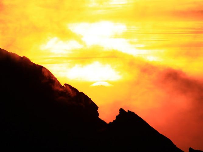Sunrise on Mt Kinabalu