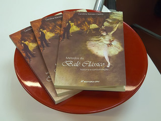 Resenha do Livro Métodos do Ballet Clássico por Natália Samarino