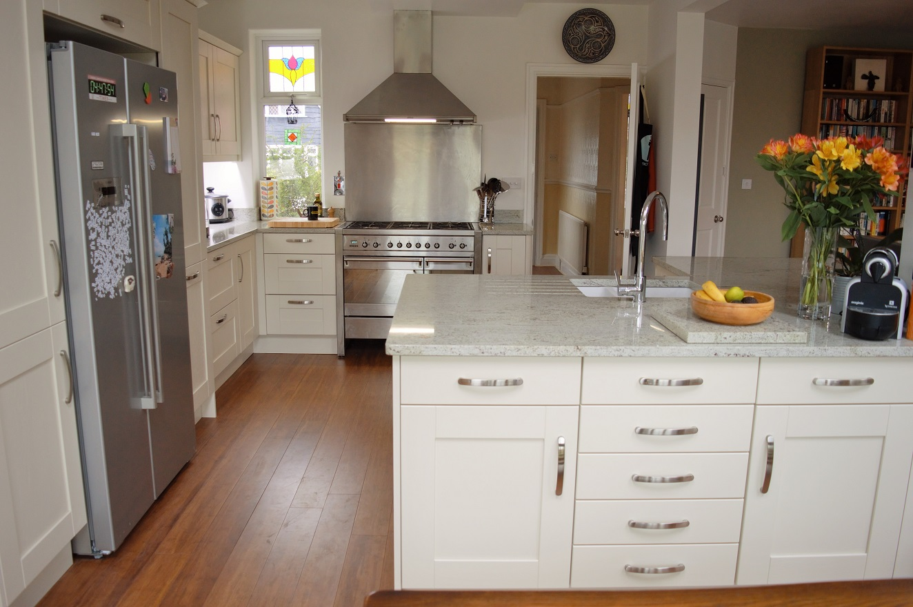 Painted Shaker Kitchen with Granite