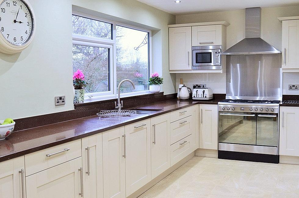 stuart j warrington kitchens macclesfield | why you should use us