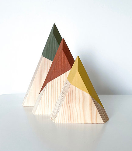 3D WOODEN MOUNTAINS
