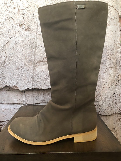EMU Grey Seude Pull On Boots NEW