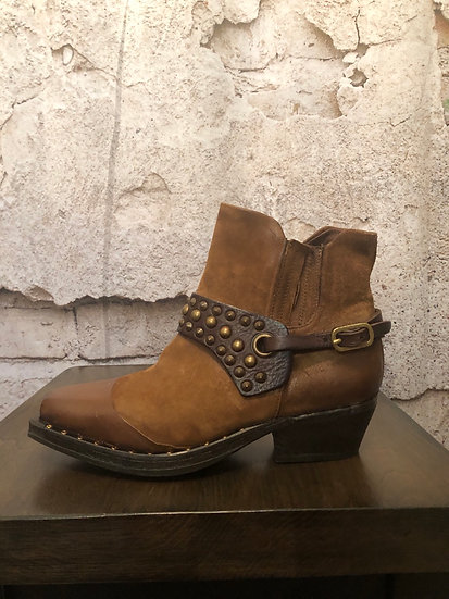 A.S 98 2 Tone Brazilian Leather Boots NEW )