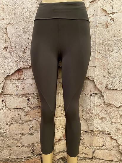 Lululemon  Charcoal 3/4 length Tights