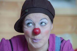 aurore braun conte clown interventions artistiques
