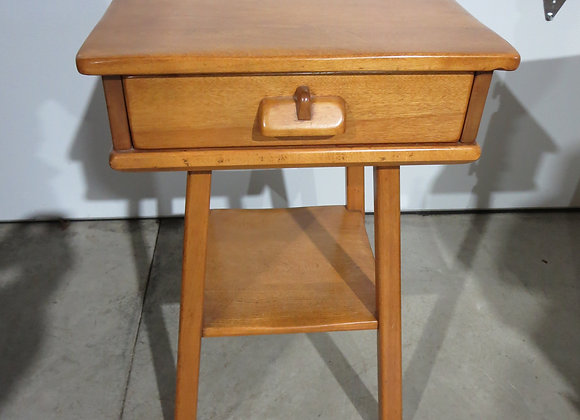 Cushman Colonial Maple End Table / Nightstand