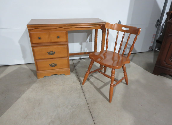 Small Maple 3 Drawer Desk & Chair #2