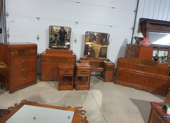 1940's Waterfall Bedroom Set