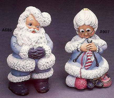 Mr & Mrs Santa set in Bisque