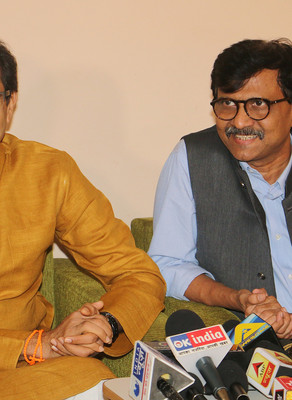 War of words - Sanjay Raut accused in defamation of Ahmedabad