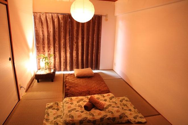 サロンの部屋の風景.JPG