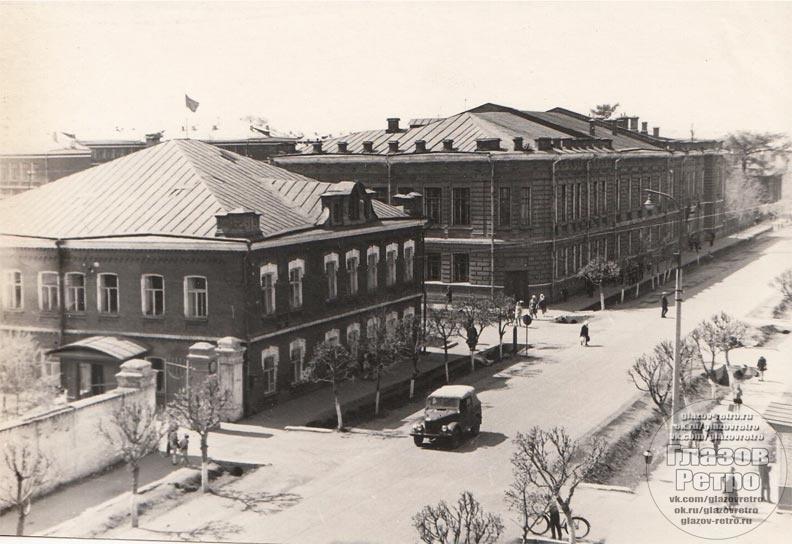 Автор: Архив библиотеки им.Короленко
