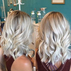 Obsessed with this trifecta of blonding ( #highlights #balayage and #ombré ) and topped it off with an 7 inch cut into a #lob #amandacain #a