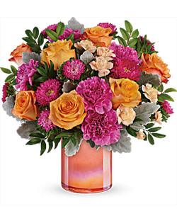 Teleflora's Perfect Spring Peach Bouquet