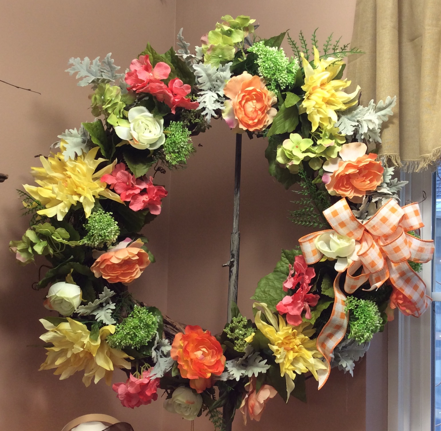 Silk Wreath 25