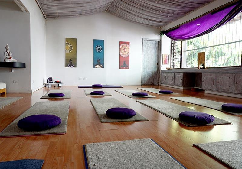 Salón principal de yoga