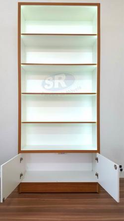 Prateleira armário com led