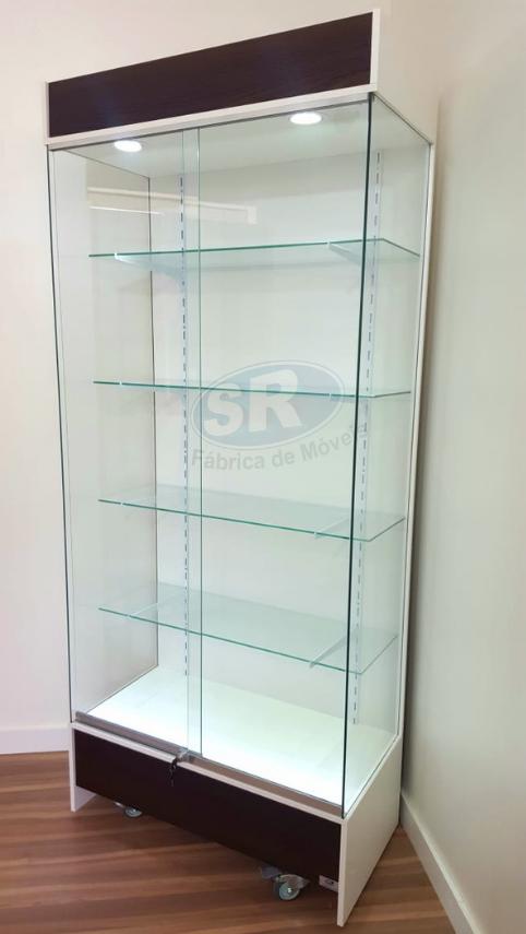 Vitrine parede com lateral em vidro