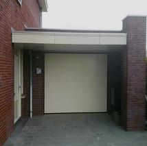 4a. Witte garagedeurenb.jpg