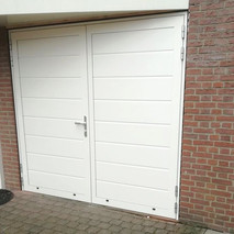 Openslaande kunststof garagedeuren - MTM