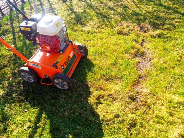 1a. Verticuteren gras mosvrij maken - Tu