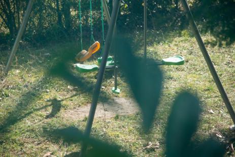 Sneaky (orange swing)