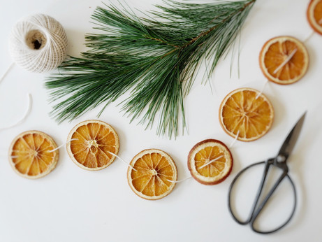 How to Dry Orange Slices for a Garland