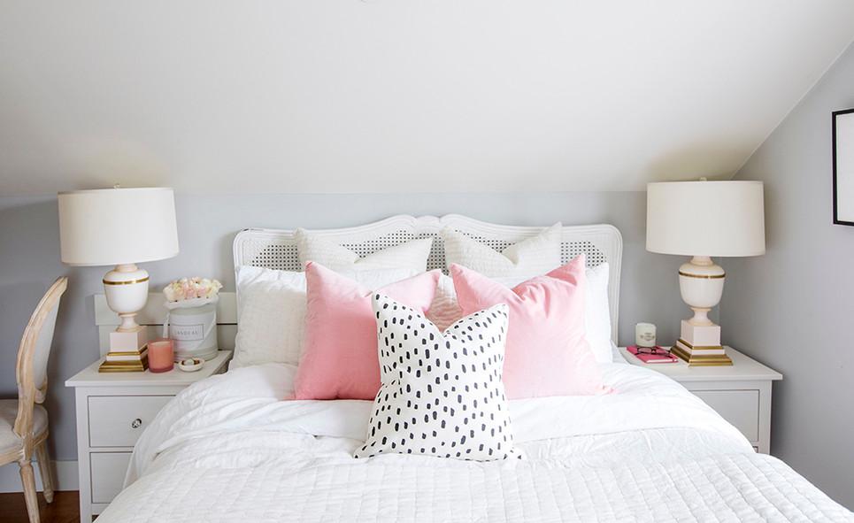 jillian's vancouver bed.jpg