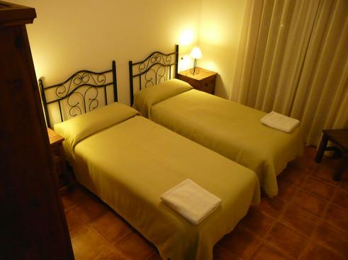 Dormitorio dos individuales Cortijo la Estrella