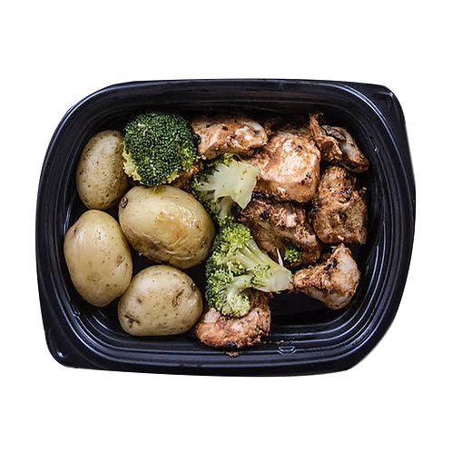 CAJUN CHICKEN (new potatoes & broccoli)