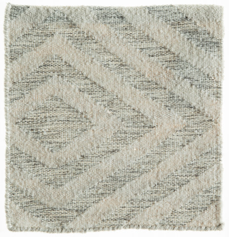 Veado (Grey White)