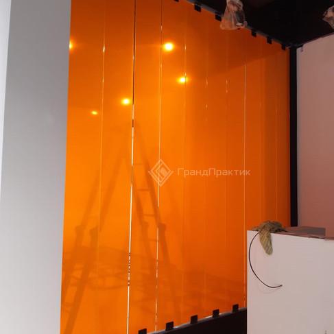 Декоративная стеклянная перегородка, вращающаяся