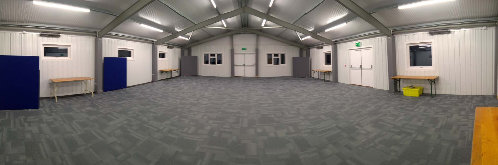 Hutbuild 4.jpg