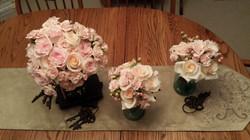 Brides & Bridesmaids bouquets
