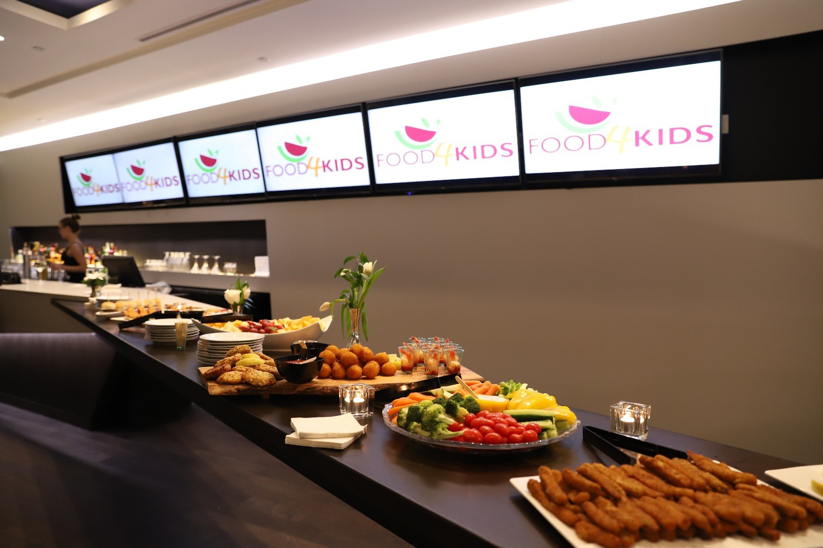 Food4KidsMissLaunch_12.jpg