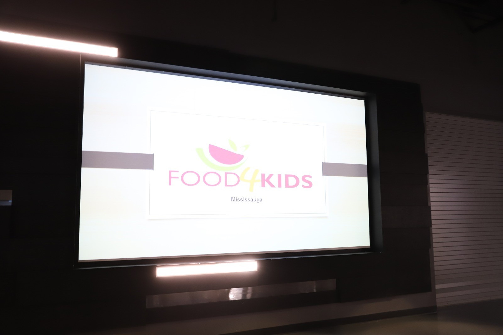 Food4KidsMissLaunch_4.jpg