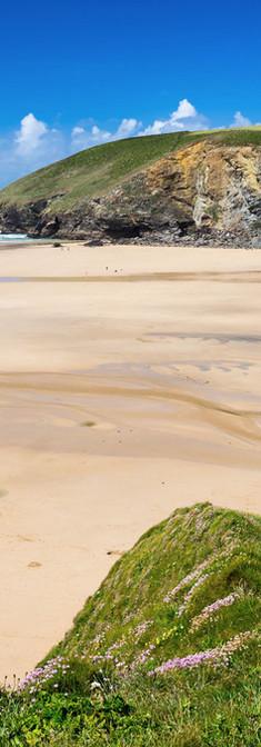 Mawgan Porth beach.jpg