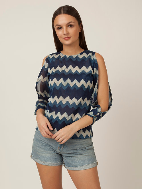 PAKHI BACK PINTUCKS TOP - BLUE